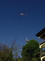 DSC00120 () Tags: risiko lrm helikopter orselina lebensqualitt leerstand kernsanierung fluglrm transportflug hbzmt
