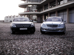 2007 Mercedes-Benz S500 (W221) and CL500 (C216) 1:18 Diecast by AutoArt (PaulBusuego) Tags: door sea 2 scale lines car wheel metal by sedan silver germany de toy outdoors photography drive la miniature model european outdoor rear indoor 2006 plastic made german mercedesbenz bmw vehicle series s400 collectables audi saloon premier luxury coupe premium limousine v8 amg s55 2007 118 fullsize merc luxurious s500 diecast cdi flagship sclass maisto bexhill s600 daimlerbenz rwd cl500 autoart sklasse warr s550 s320 s350 w221 clklasse c216