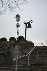 Luminaire vgtal - parc du Prieur, Conflans-Sainte-Honorine (Pierre Fauquemberg) Tags: nikon d750 iledefrance escalier luminaire yvelines rverbre prieur conflanssaintehonorine vgtal tamron7020028 parcduprieur nikond750 pierrefauquemberg
