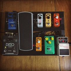 New pedalboard setup. More Mooer pedals. They sound pretty good at a lower price. #pedals #pedalboard #mooerpedals #bosspedals #tcelectronics #ernieballvpjr #tcelectronicflashback #tcelectronicdittox2 #joyopedal (Daniel Y. Go) Tags: square squareformat hefe iphoneography instagramapp uploaded:by=instagram