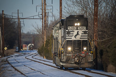 Leaving Browns (Nick Gagliardi) Tags: railroad yard train industrial diesel ns norfolk trains southern browns secondary cr amboy conrail hightstown emd gp382