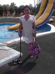 amp-1067 (vsmrn) Tags: woman crutches amputee onelegged