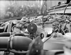 Volvo 940 B230FT (Christian Gttner) Tags: auto camera old light blackandwhite bw 120 film monochrome car rollei analog mediumformat germany licht volvo 645 europa outdoor engine technik bil nrw sw motor analogue 6x45 tyskland kamera fahrzeug gamla volvo940 rollfilm samochd svartvitt etrs euregio mittelformat schwarzweis niemcy czarnobiale moersch zenzabronica schwarzweisfotografie b230ft moerschecodeveloper ecodeveloper rolleirpx400 b230ftmotor