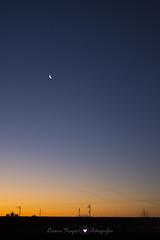 Amanecer (Lorena Hoyos Fotografa) Tags: madrid moon sunrise landscape paisaje luna amanecer