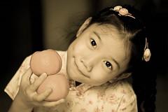 (Anna Kwa) Tags: winter portrait sun love smile nikon sad warmth happiness thoughts cny d750 always hugs wintersun 2016     my afsvrmicronikkor105mmf28gifed tanyachua   annakwa familiarsmile
