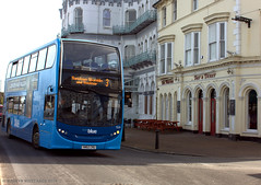 Vectis Blue (1524) at Ryde Esplanade (martynwhittaker1987) Tags: vectisblue hometoschooltransport southernvectis enviro400 1524 hw62cnu timetable service3 ryde newport isleofwight alexanderdennis doubledeck bus alx400 plaxtonpresident transbusinternational volvob7tlb9tl scanian230ud mmceurovi engine goaheadsouthcoast schoolcontract oxford schoolbusservice wightbus council me life art perspective natural bw new flickr contrast outside