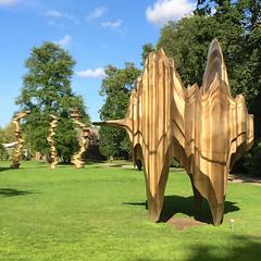 Caldera (hansn (2 Million Views)) Tags: sculpture bronze gteborg square sweden gothenburg skulptur caldera sverige sculptures goteborg trdgrdsfreningen tonycragg squarish