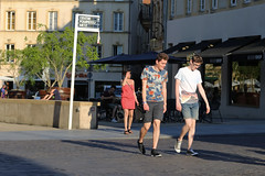 Place Saint-Louis - Metz (France) (Meteorry) Tags: street summer sunlight france male boys smile happy europe candid july teens streetscene trainers converse baskets shorts t rue lorraine chucks chucktaylors allstars hommes metz twinks heatwave moselle canicule 2015 mecs meteorry placesaintlouis ensoleille freshbrand alsacechampagneardennelorraine alsacechampagneardennelorrain