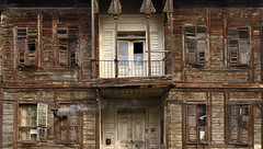 388 - Old house in Edirne (Ata Foto Grup) Tags: old house turkey wooden trkiye ev soba ottoman balkans eski balkan edirne balcanes osmanl thrace adrianopolis ahap tt trakya serhadehri