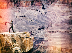 Grand Canyon selfie (miemo) Tags: travel arizona usa man mountains nature standing landscape person spring lasvegas grandcanyon nevada olympus canyon telephoto edge ledge southrim omd matherpoint panasonic100300mm em5mkii