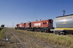 EMPALME PIEDRA ECHADA (claudiog.carbone) Tags: puan generalmotors gr12 fepsa ferrocarrilgeneralroca empalmepiedraechada