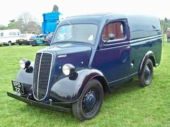 203 Ford (Fordson) Ten (E83W) Van (1954) (robertknight16) Tags: ford thames britain 1950s van weston fordson e83w vpd22