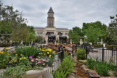 LaCenterra in Katy (Jim Johnston (OKC)) Tags: flowers mall outdoors texas katy statues lacenterra