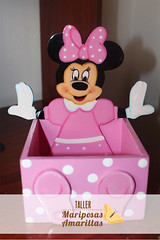 Caja Minnie Mouse (Taller Mariposas Amarillas) Tags: detalle mouse madera arte country caja nia infantil minnie mdf decoracion espacios recordatorio