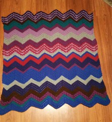 Anne Kreutzer (The Crochet Crowd) Tags: game stitch right blanket afghan throw crochetblanket thecrochetcrowd stitchisright