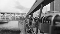 Hamburg (bussibaer1) Tags: sea meer wasser hamburg schwarzweiss hafen zahnrad herz schiff belichtung liebe kette eisen glck werft langzeit