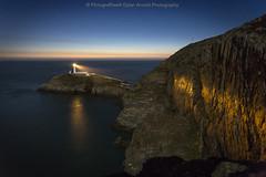 Ynys Lawd / South Stack (Ffotograffiaeth Dylan Arnold Photography) Tags: light sea sky lighthouse seascape night stars island coast twilight dusk coastline afterglow holyhead southstack