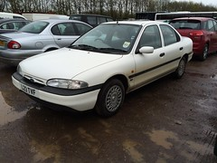 L23 TVF (Nivek.Old.Gold) Tags: ford 16 1994 mondeo glx 16v 4door