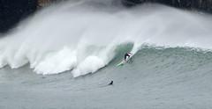 MUNDAKA / 6404GTW (Rafael Gonzlez de Riancho (Lunada) / Rafa Rianch) Tags: ocean sea sports mar surf waves surfing vague olas deportes mundaka onda tubos ocano cantbrico