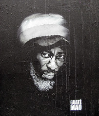 Stencil by Guat Mao [Paris 2e] (biphop) Tags: portrait streetart paris france stencil europe mao pochoir guatemao guat