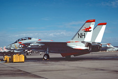 F-14A 159860 of VF-114 NH-104 (JimLeslie33) Tags: fighter f14 aircraft military navy nh miramar usn aardvark tomcat f14a vf114 159860 nh104