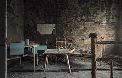 Sperrzone von Tschernobyl - Prypjat Krankenhaus (Nils Grudzielski) Tags: old urban baby abandoned hospital lost chair decay leer room rusty indoor ukraine urbanexploration tuin 1986 krankenhaus klinik urbex verfall abandonedplaces marode tschernobyl lostplaces verlasseneorte prypjat