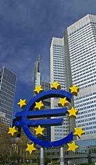 Frankfurt, Gallus-Anlage, Eurotower und Commerzbank (HEN-Magonza) Tags: germany deutschland hessen frankfurt hochhaus hesse highrisebuilding eurotower commerzbanktower gallusanlage