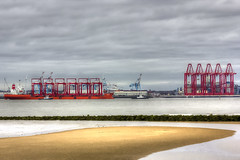 Zhen Hua 25 (Andy Tee) Tags: china new 2 liverpool river brighton ship post transport terminal cargo zhen container 25 23 hua hdr mersey panamax