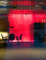 Amsterdam de Zuidas (Roelie Wilms) Tags: red reflection amsterdam yellow geel rood glas zuidas reflectie reflektie glasreflectie ammsterdamzuidas