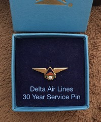 Delta Air Lines - service pin (DM Dave) Tags: lines pin anniversary air delta service deltaairlines 30years servicepin