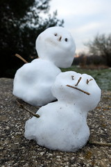 Mini snowmen (Zandgaby) Tags: two snow snowman couple pair snowmen