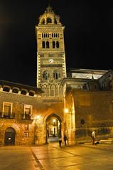 Teruel's Castle (FrancescaFalasca) Tags: espaa castle history luz night lights noche spain medieval aragon luci castello notte castillo teruel historia spagna sera medioevo storia