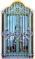 Sant Just Desvern - Carles Mercader 17 h (Arnim Schulz) Tags: barcelona espaa art texture textura window architecture fence liberty ventana spain arquitectura iron arte fenster kunst catalonia finestra artnouveau castiron gaud architektur catalunya deco espagne muster modernismo forged catalua spanien modernisme fenetre fer jugendstil wrought ferro eisen deko hierro dekoration decoracin espanya katalonien stilefloreale textur belleepoque baukunst gusseisen schmiedeeisen ferronnerie forjado forg ferdefonte
