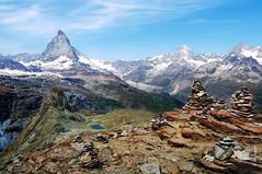 das Matterhorn (welenna) Tags: blue schnee summer mountain lake snow mountains alps landscape switzerland see view swiss berge gornergrat matterhorn alpen gletscher eis wallis schwitzerland