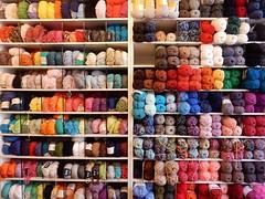 wol (bcbvisser13) Tags: wool colours winkel kast kleurrijk wol kleur colourfull