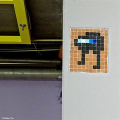 Rotterdam: Space Invader (Akbar Sim) Tags: streetart holland netherlands rotterdam spaceinvader nederland tiles invader tegels rotjeknor roffa akbarsimonse akbarsim