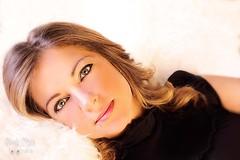 Mirada azul (naslymeja) Tags: espaa woman verde valencia mujer negro modelo ojos vestido azules risado