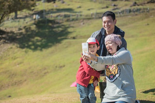 戶外親子攝影,全家福攝影推薦,兒童親子寫真,兒童攝影,南投清境攝影,紅帽子工作室,婚攝紅帽子,清境小瑞士攝影,清境農場親子,清境農場攝影,親子寫真,親子攝影,familyportraits,Redcap-Studio-87