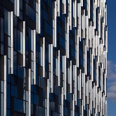 white and blue (Cosimo Matteini) Tags: building london architecture pen olympus northgreenwich whiteandblue m43 mft ep5 cosimomatteini mzuiko45mmf18