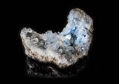 Treasure hidden in the rock (Buxus Lan) Tags: rocky geode flickrfriday clestine