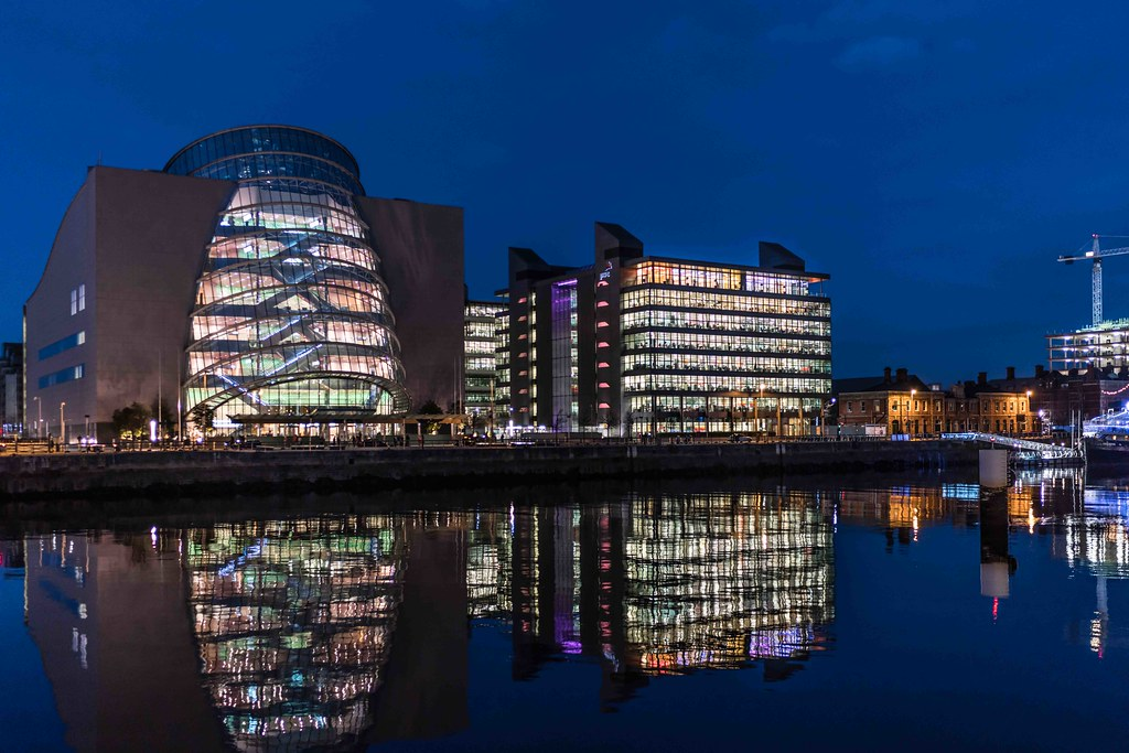 DUBLIN DOCKLANDS AT NIGHT [JANUARY 2016]-110825