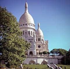 Basilique du Sacr-Cur (aaron.tkr) Tags: paris nikonlens nikkor18200mm fujis5pro s5pro