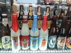 Bires aux Halles du March de Wazemmes - Lille (chrdraux) Tags: stand lille nordpasdecalais march halles boissons bouteilles bires wazemmes tiquettes breuvage canettes spcialits commerces alcools