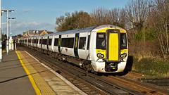 387107 (JOHN BRACE) Tags: white station class emu seen derby built bombardier 387 thameslink livery 2014 horley electrostar 387107