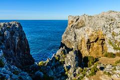 Mirando al Mar (GuillerML) Tags: espaa costa landscapes mar spain agua nikon paisaje nikkor turismo llanes acantilado pria waterscapes ocano cantabrico 18140 d3200 nikonflickraward guillerml