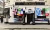 Meet me on the corner (© Freddie) Tags: london city cityoflondon ec3 crosswall americasquare theangel misssouriangel guinness skysport btsport sixnations rugby flags pub publichouse fjroll ©freddie