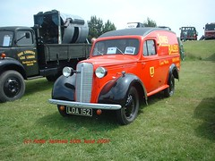 LOA 152 (Peter Jarman 43119) Tags: show classic up van pick gaydon