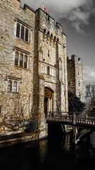 Hever Castle (kellylwood81) Tags: england sky castle kent sony drawbridge moat hevercastle annboleyn xperia