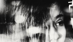 blackandwhite bw white retrato smartphone (Photo: idlphoto on Flickr)