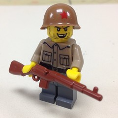 Thanks Jasper Anscombe ! (ranger3181) Tags: world red 2 two brick infantry army war lego russia painted helmet collection equipment communist prototype soviet figure ww2 second soldiers guns uniforms minifig custom russian weapons cobi proto partisan brickarms x39brickcustoms